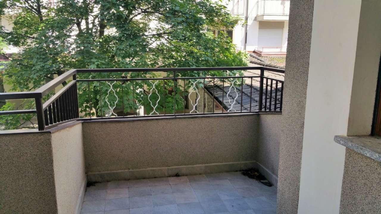Monolocale arredato con terrazzo e box, foto 14