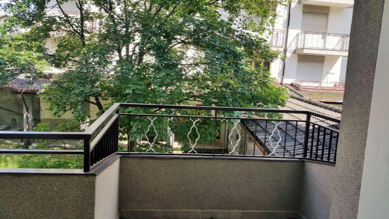 Monolocale arredato con terrazzo e box, foto 13