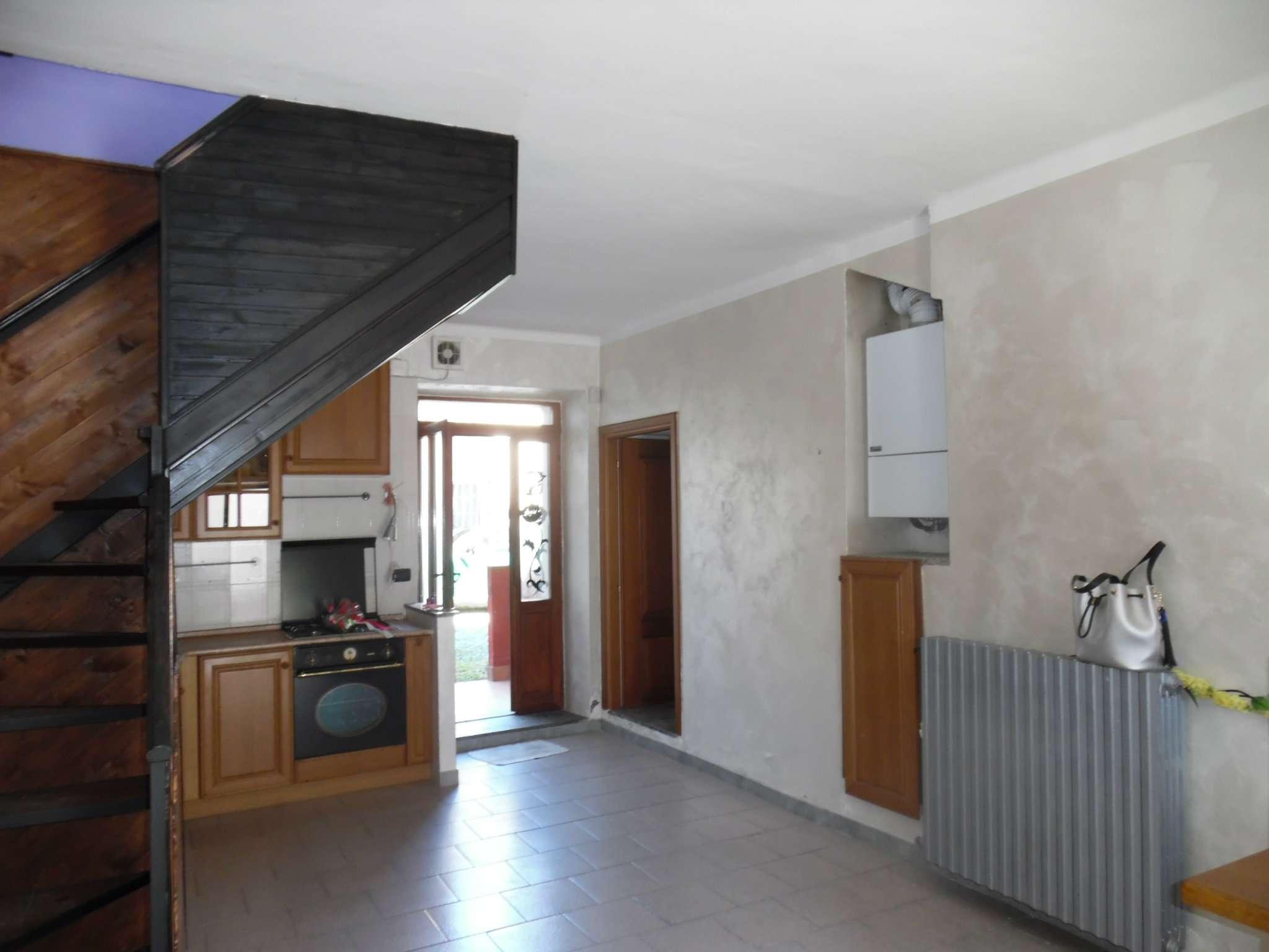 Casa Indipendente in condizioni mediocri in vendita Rif. 7338789