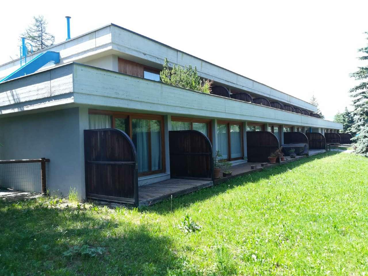 Appartamento in ottime condizioni in vendita Rif. 7692617