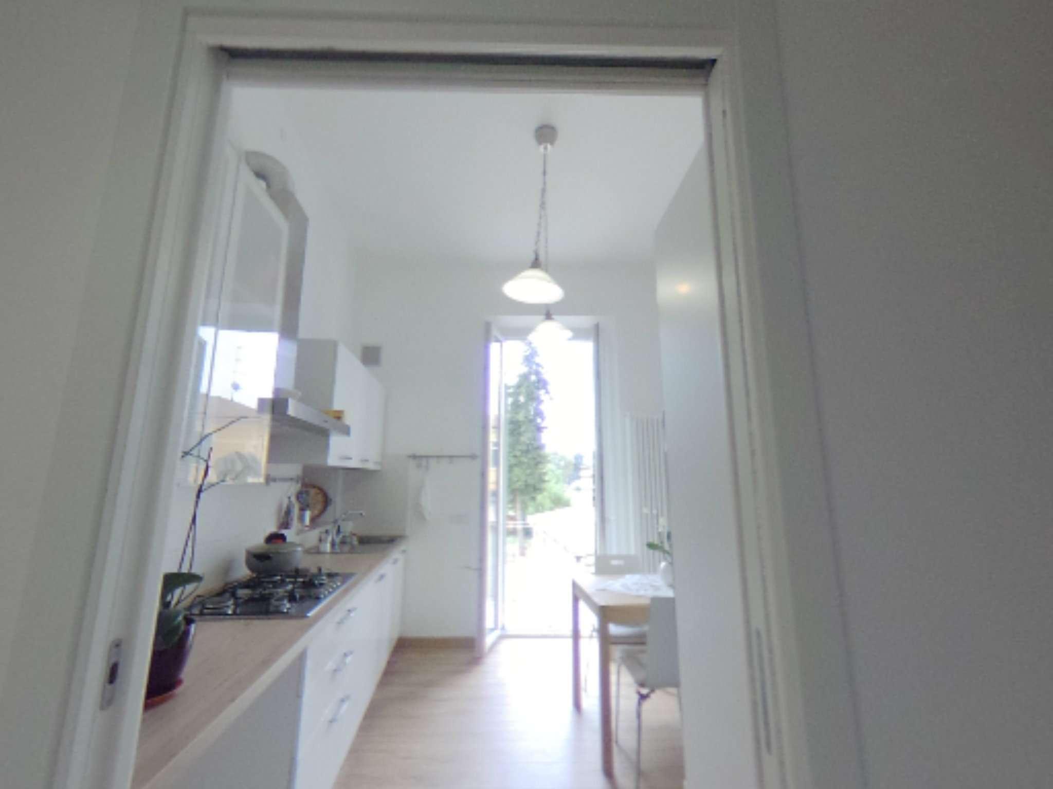 Appartamento in buone condizioni parzialmente arredato in vendita Rif. 8089154