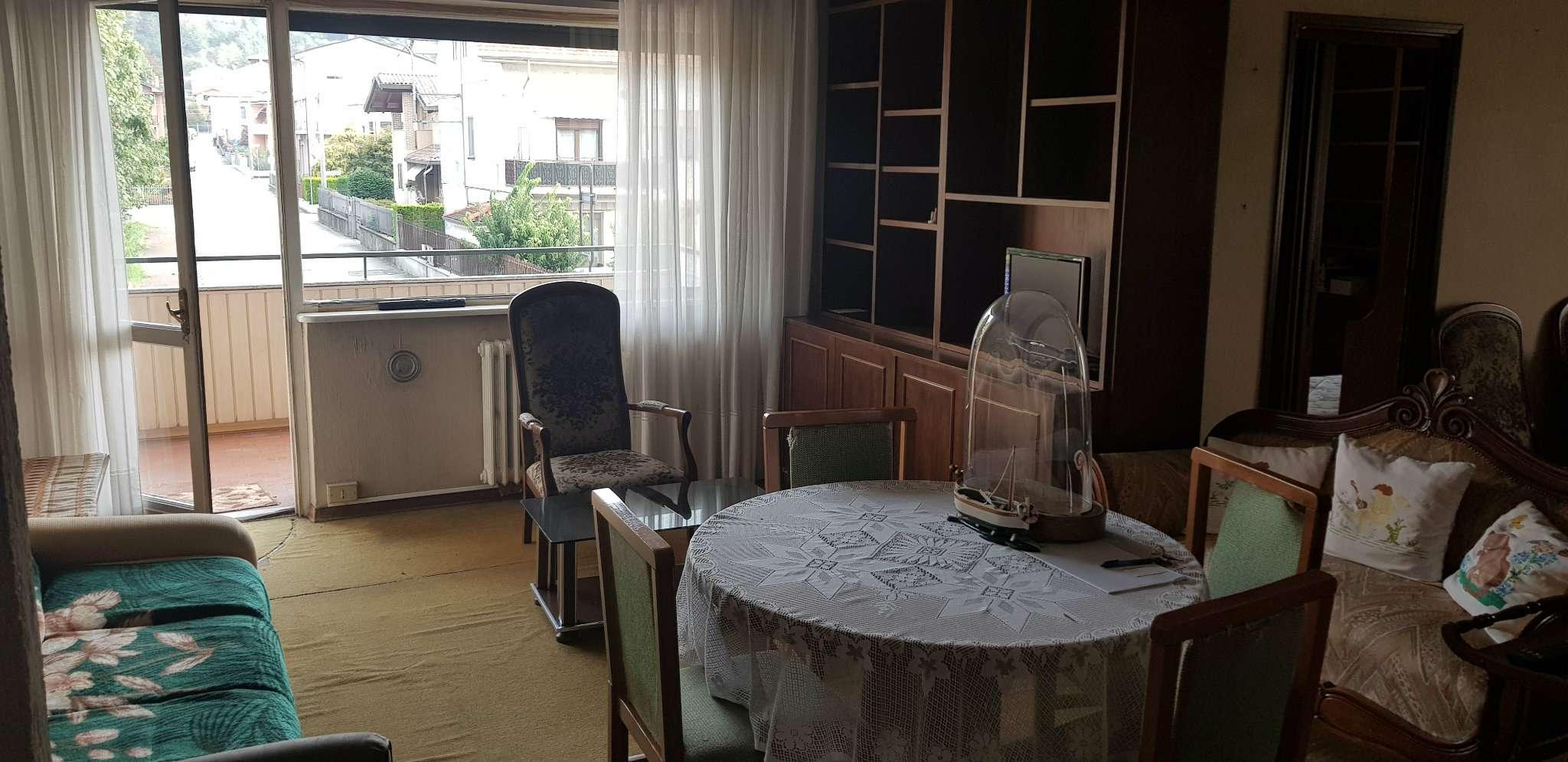 Appartamento in condizioni mediocri in vendita Rif. 8413799