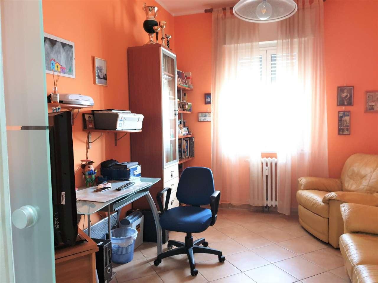 Ampio appartamento ristrutturato, foto 8