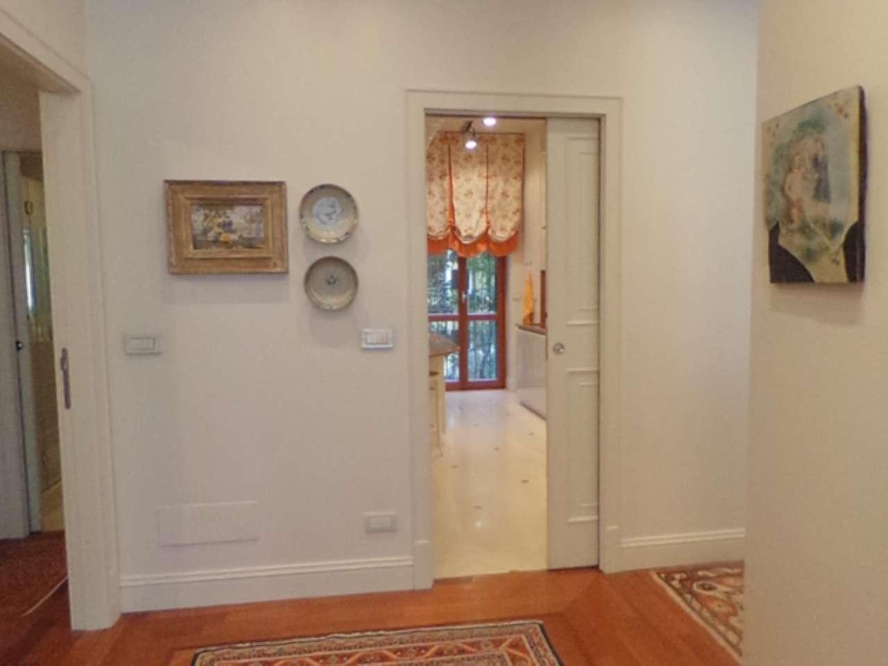 Missori - Nuda proprieta' - Prestigioso appartamento in centro con cantina e doppio garage, foto 6