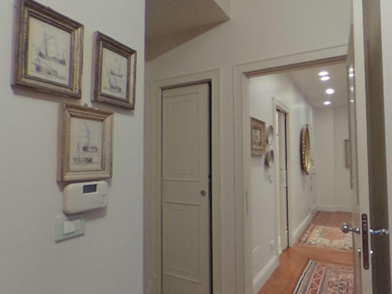 Missori - Nuda proprieta' - Prestigioso appartamento in centro con cantina e doppio garage, foto 3