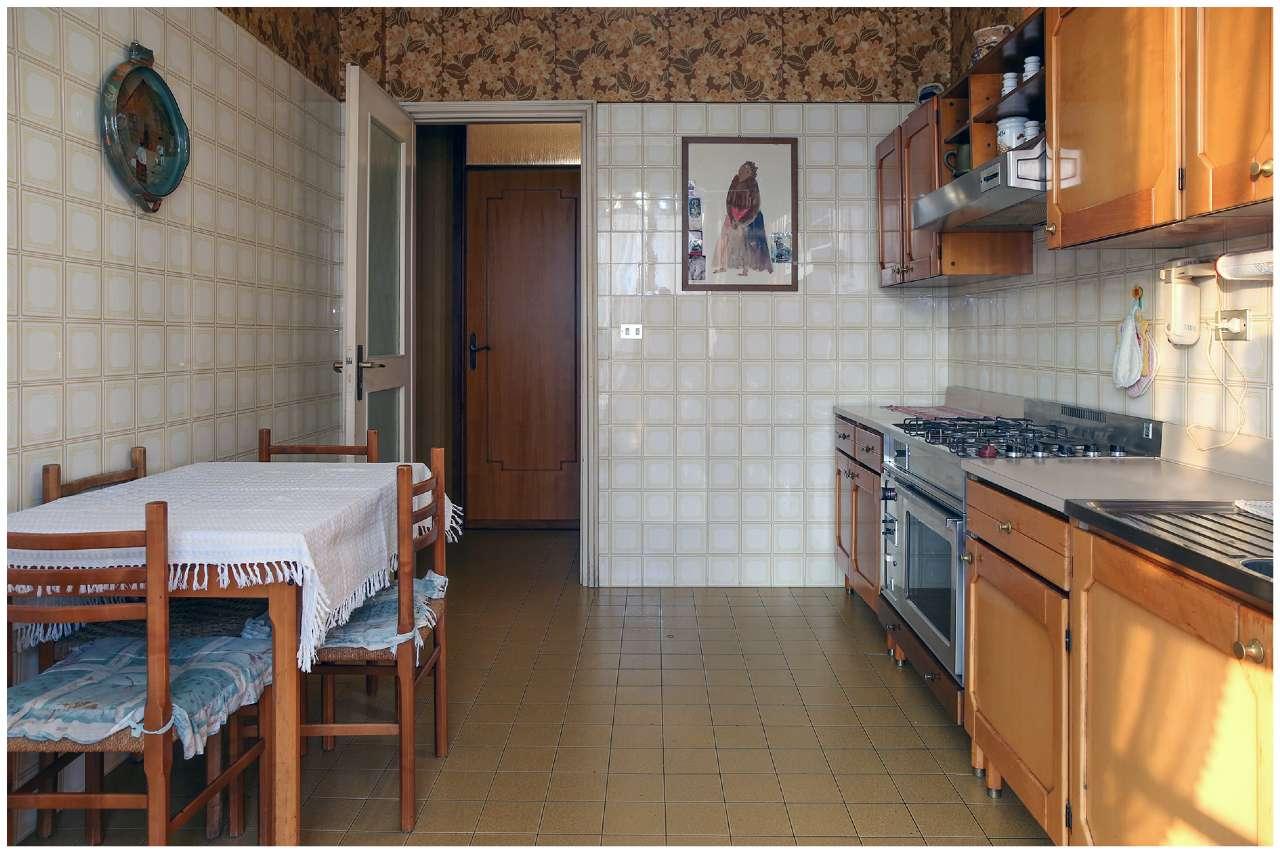 Trilocale in nuda proprietà, Corso Regina Margherita, zona Vanchiglia, Torino, foto 4