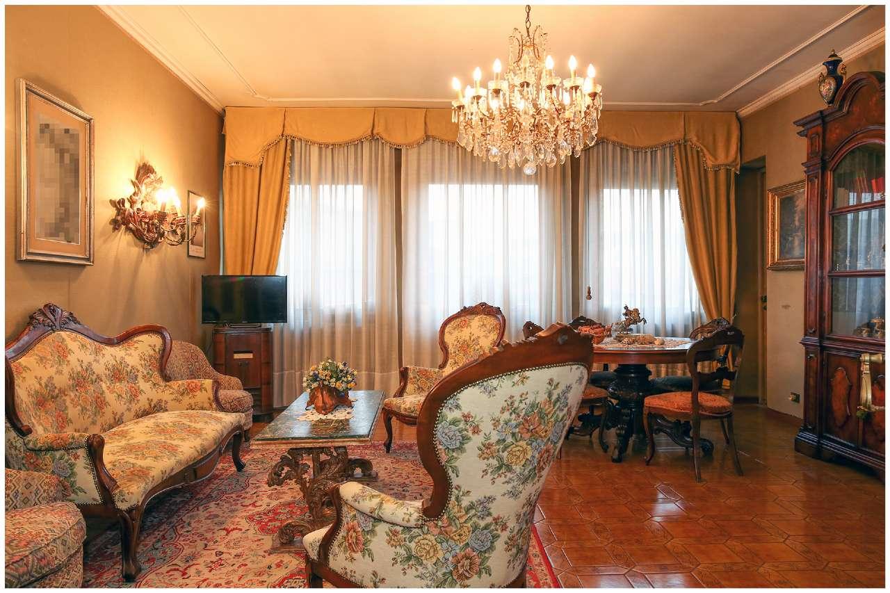 Trilocale in nuda proprietà, Corso Regina Margherita, zona Vanchiglia, Torino, foto 1