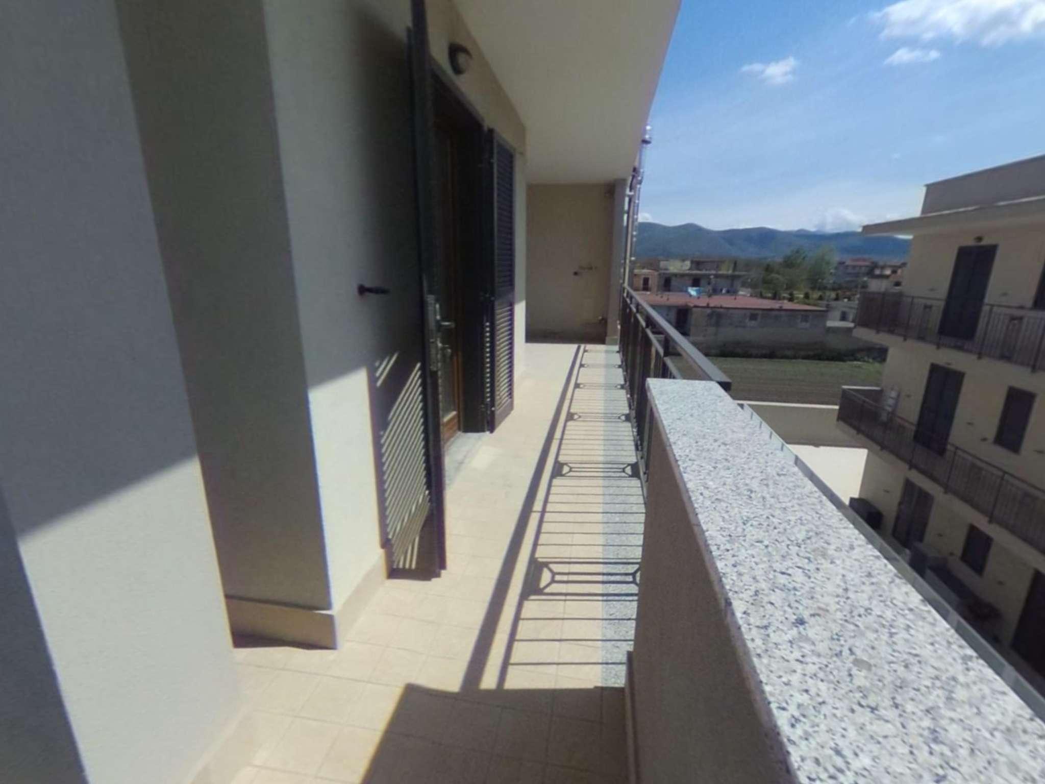 Ampio appartamento di nuova costruzione con terrazzo ed ampio box