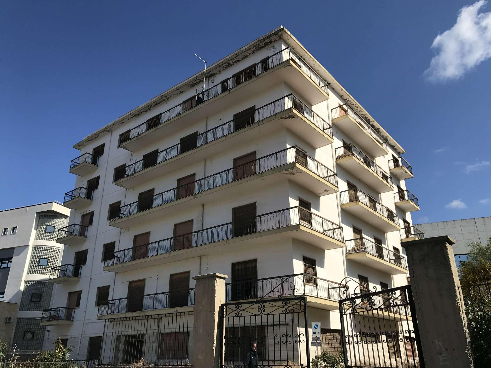 Palazzo-stabile Vendita Reggio Di Calabria