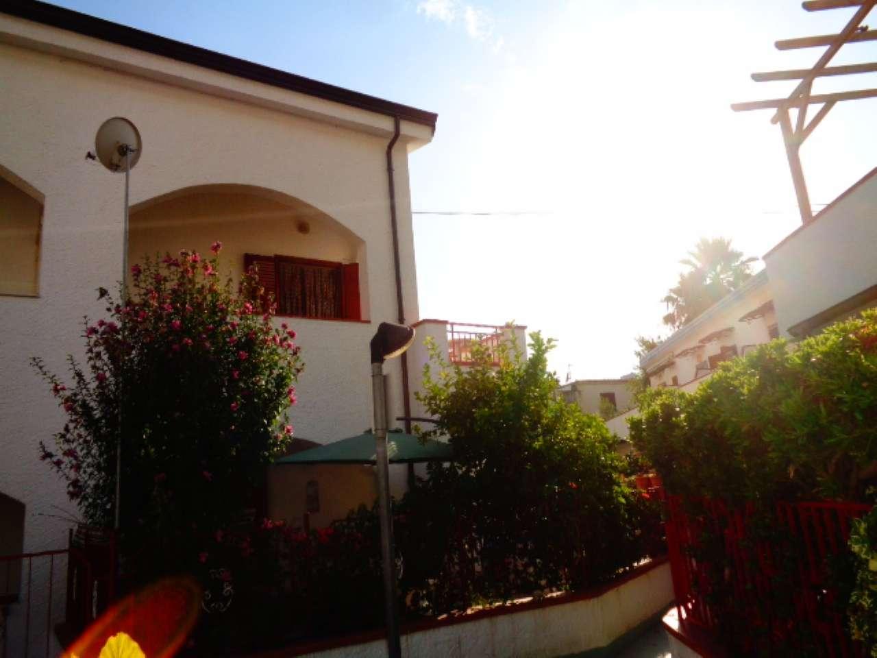 Appartamento in buone condizioni in vendita Rif. 5274672