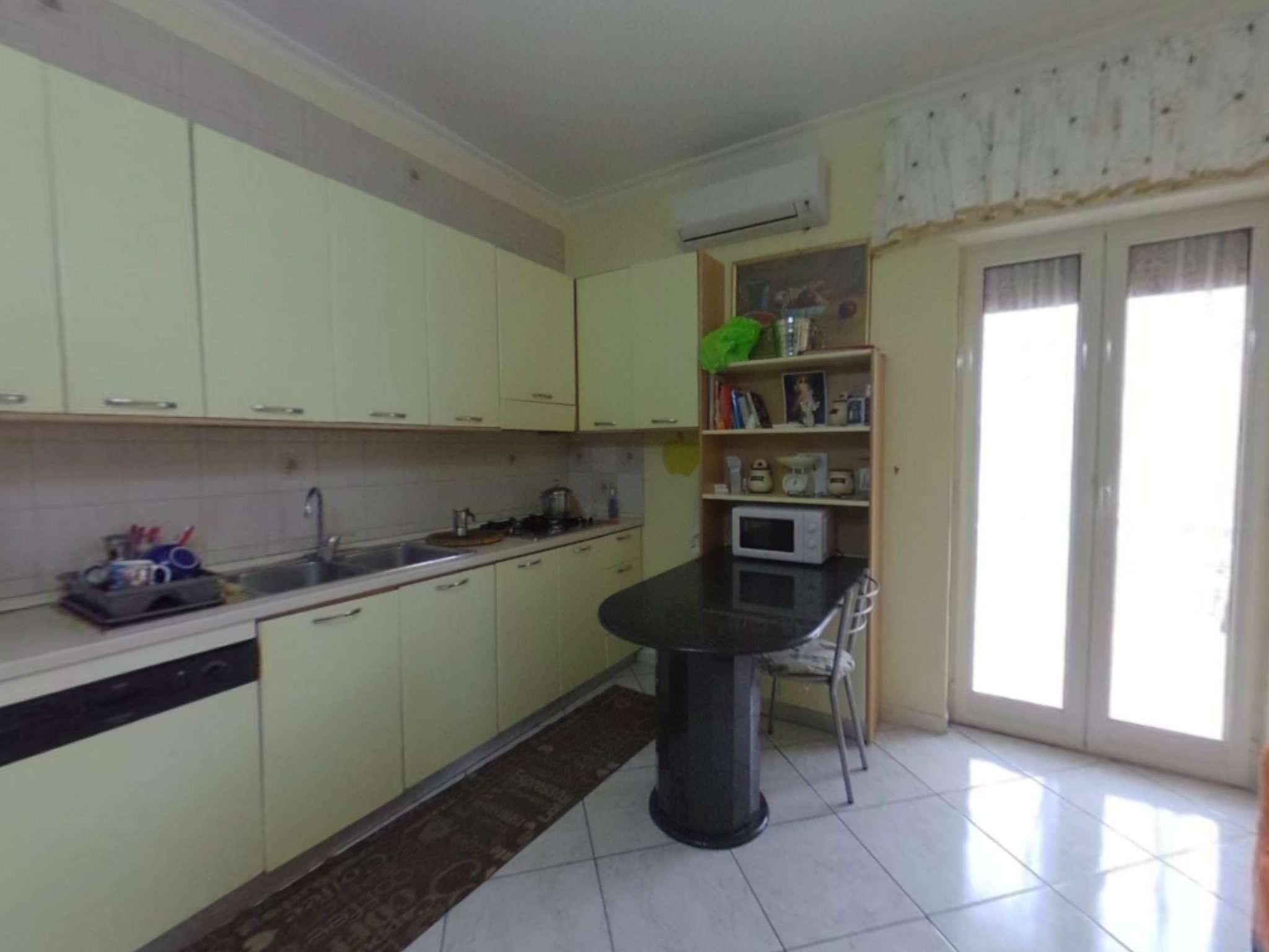 Appartamento in ottime condizioni in vendita Rif. 5980326