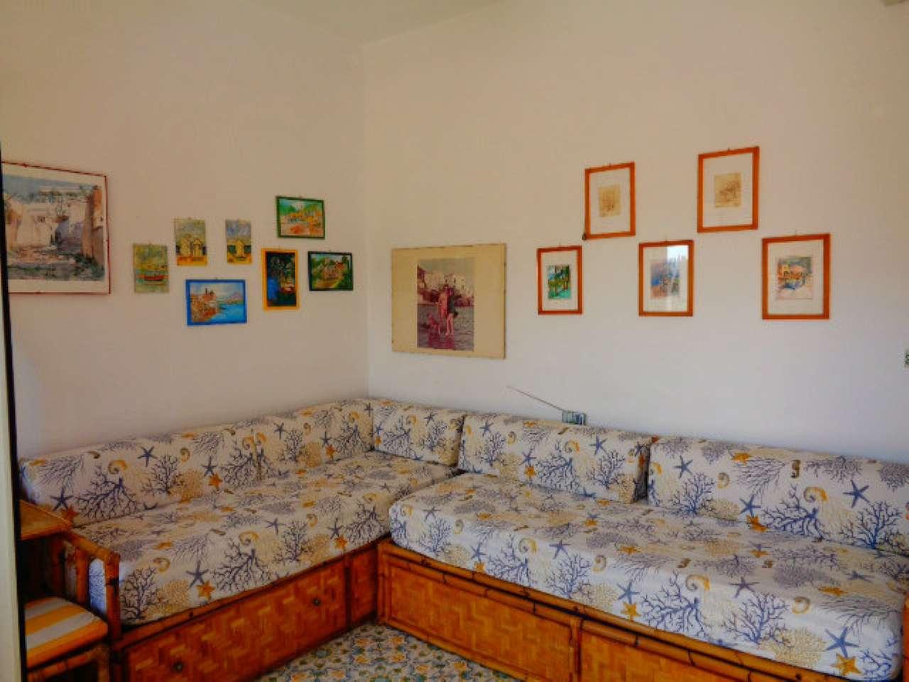 Appartamento trilocale in vendita a Montecorice (SA)