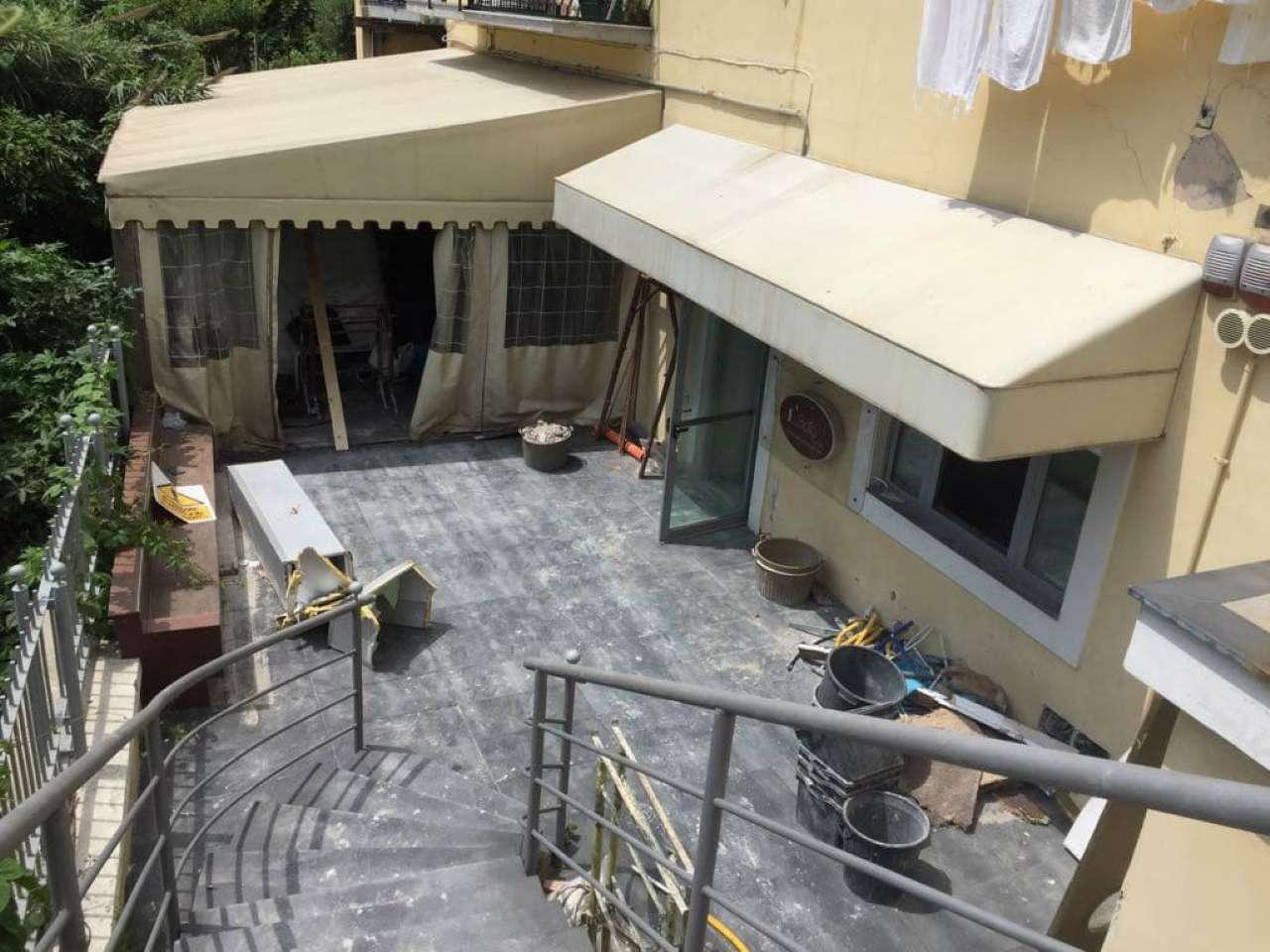 Ampio appartamento semi indipendente con terrazzo