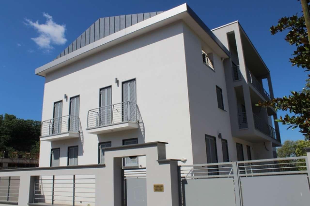 Bilocale di nuova costruzione con due terrazzi a livello e cantina