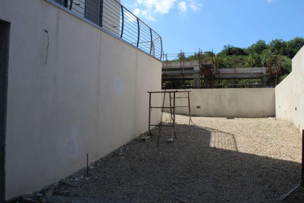 Quadrilocale di nuova costruzione con terrazzo e giardino a livello