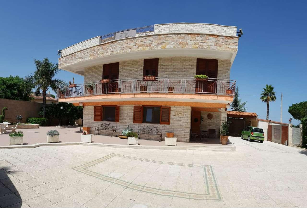 Villa in ottime condizioni parzialmente arredato in vendita Rif. 8246660