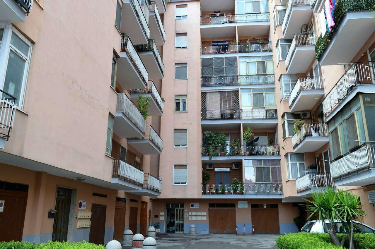 Appartamento in buone condizioni in vendita Rif. 7218553