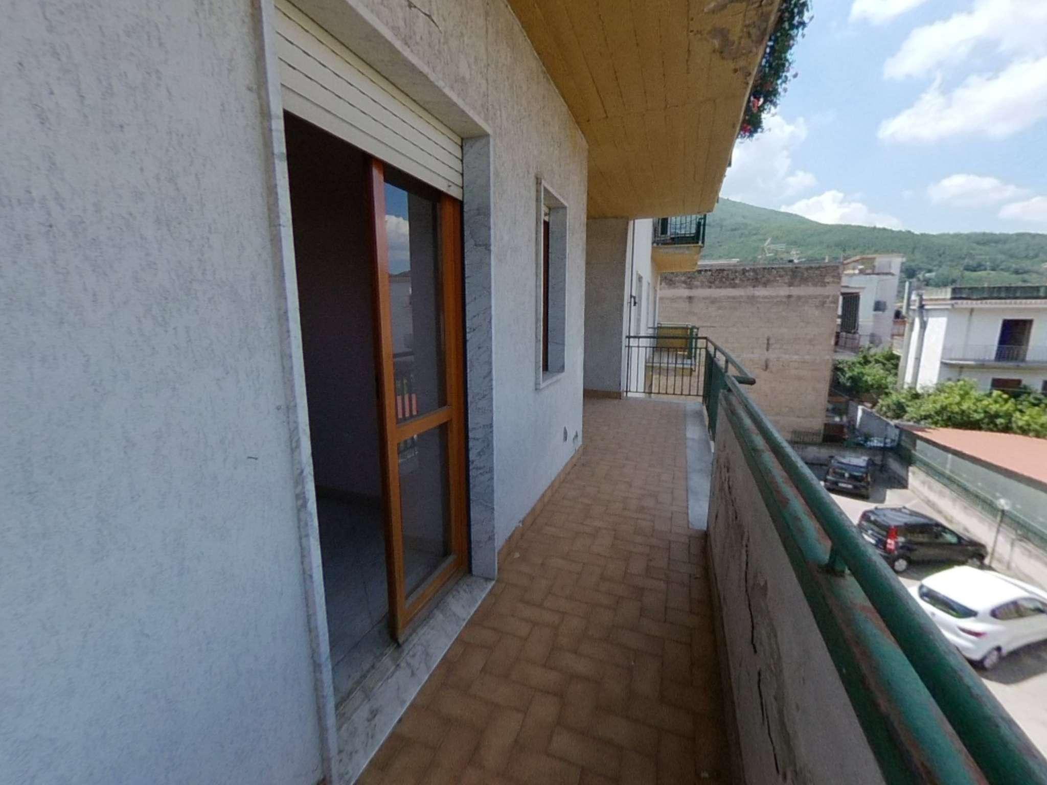 Appartamento in ottime condizioni in vendita Rif. 7452800