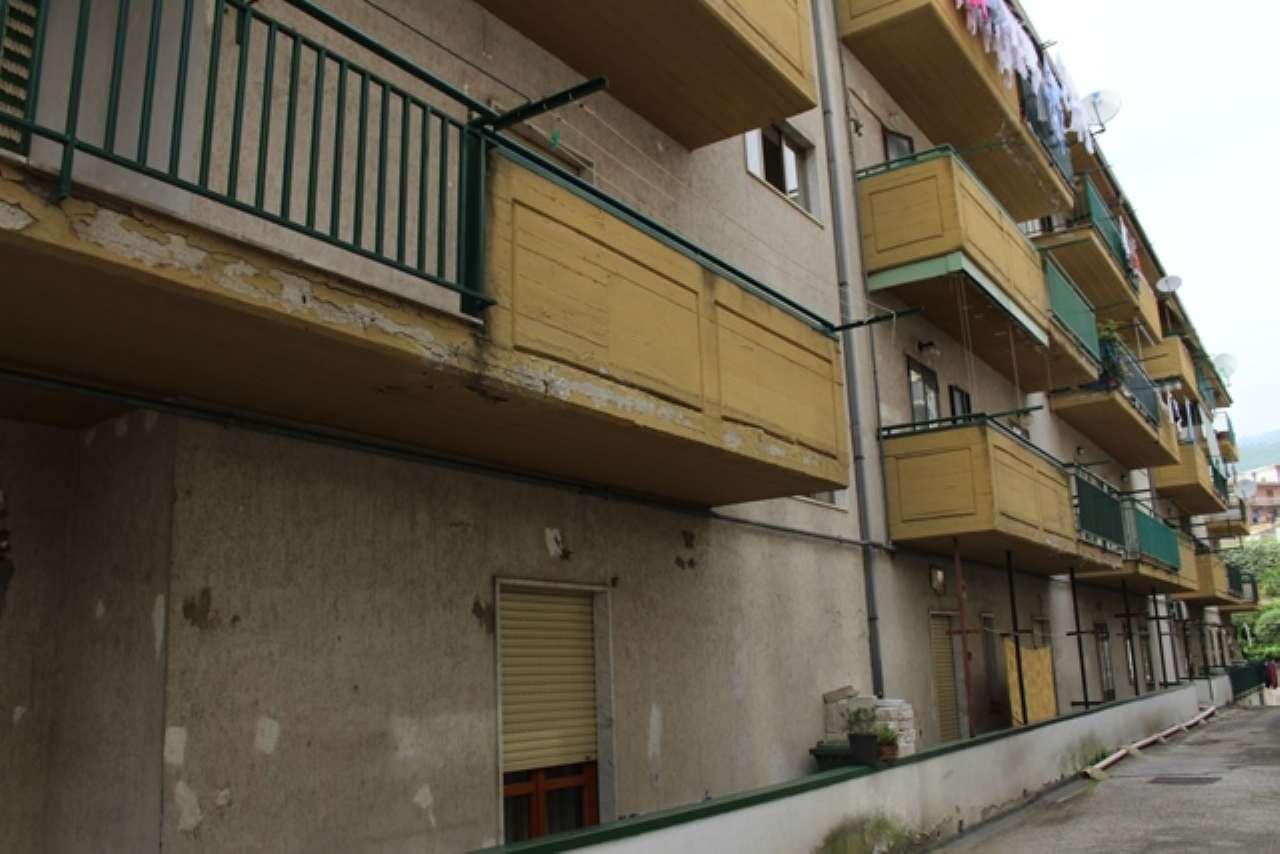 Appartamento in ottime condizioni in vendita Rif. 7452798