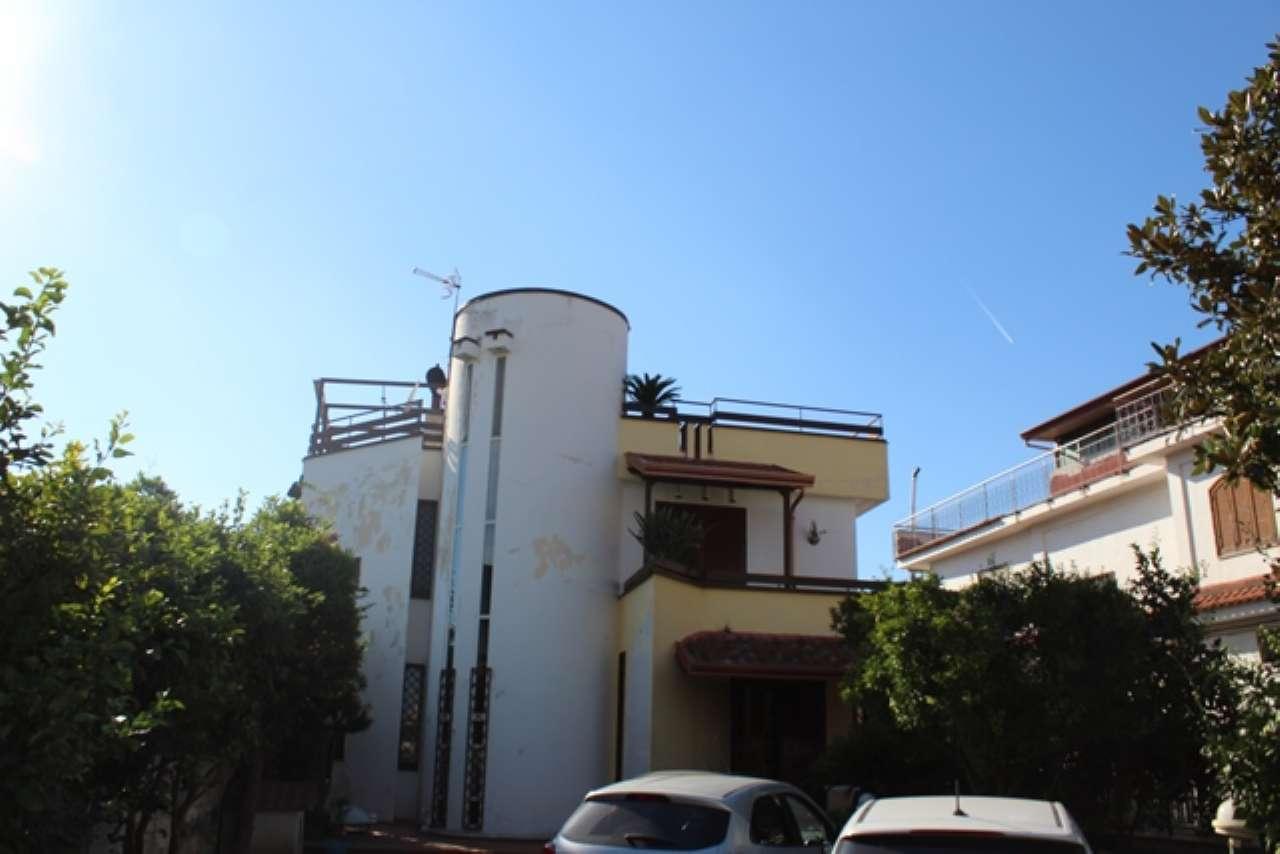 Villetta a schiera in ottime condizioni in vendita Rif. 6922857