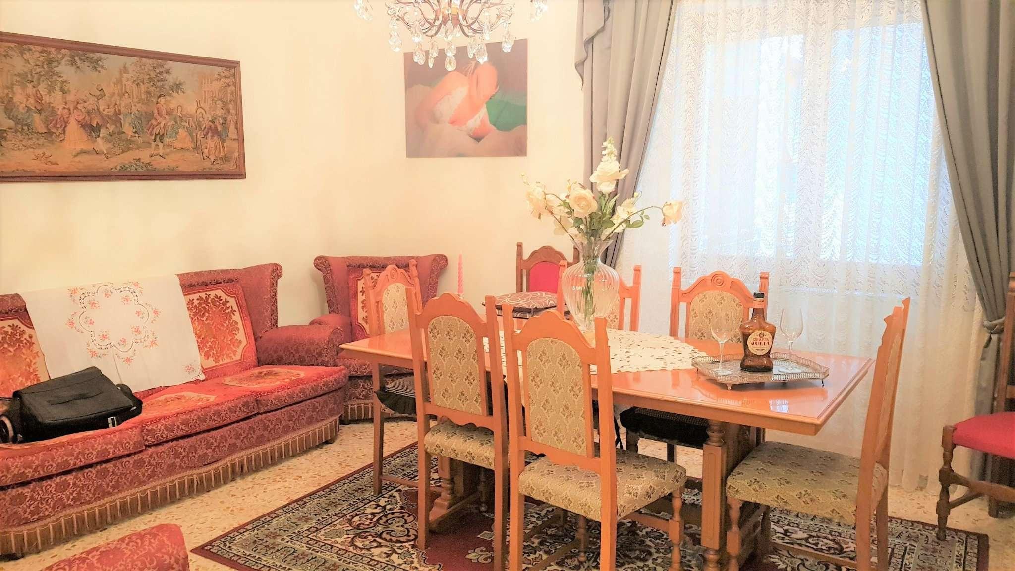 Appartamento ristrutturato in vendita Rif. 8089162