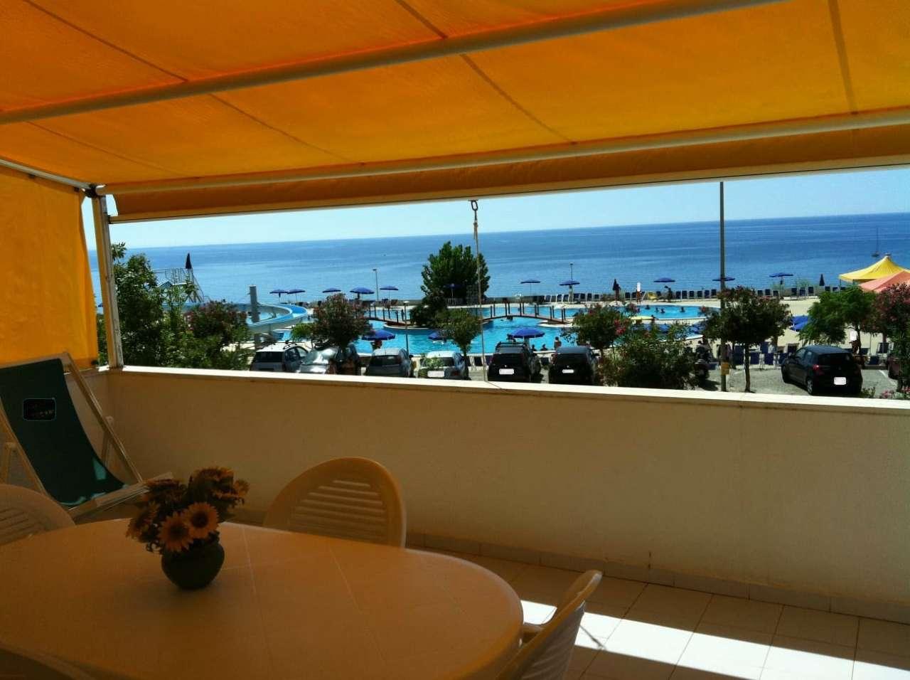 Appartamento trilocale in vendita a Isola di Capo Rizzuto (KR)