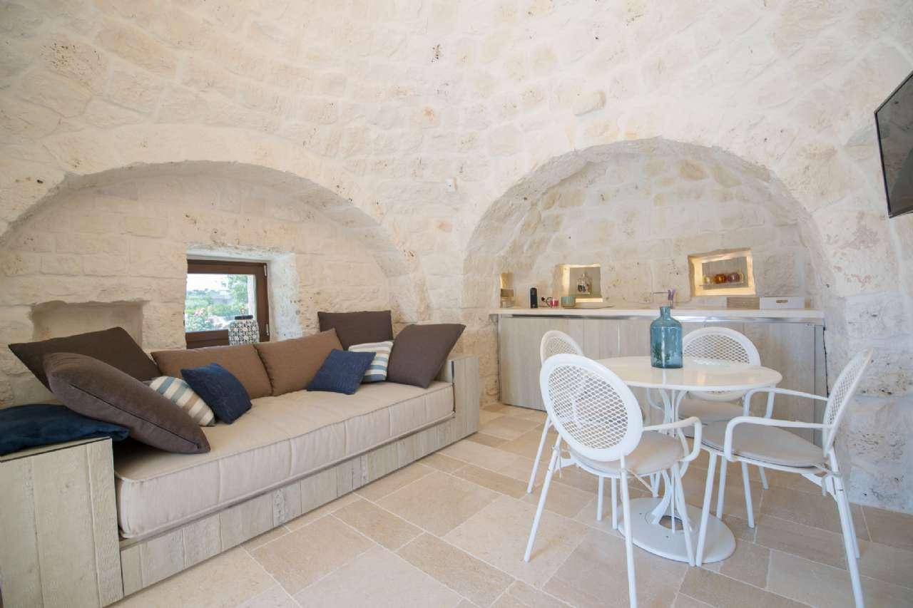Valle D' Itria - Meraviglioso complesso di trulli tradizionali con piscina, foto 3