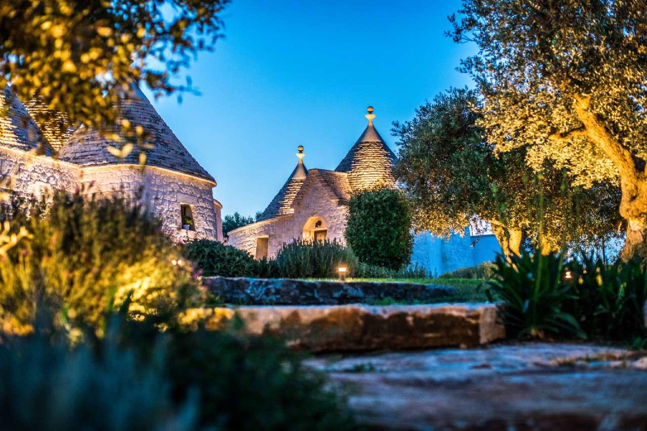 Valle D' Itria - Meraviglioso complesso di trulli tradizionali con piscina, foto 2