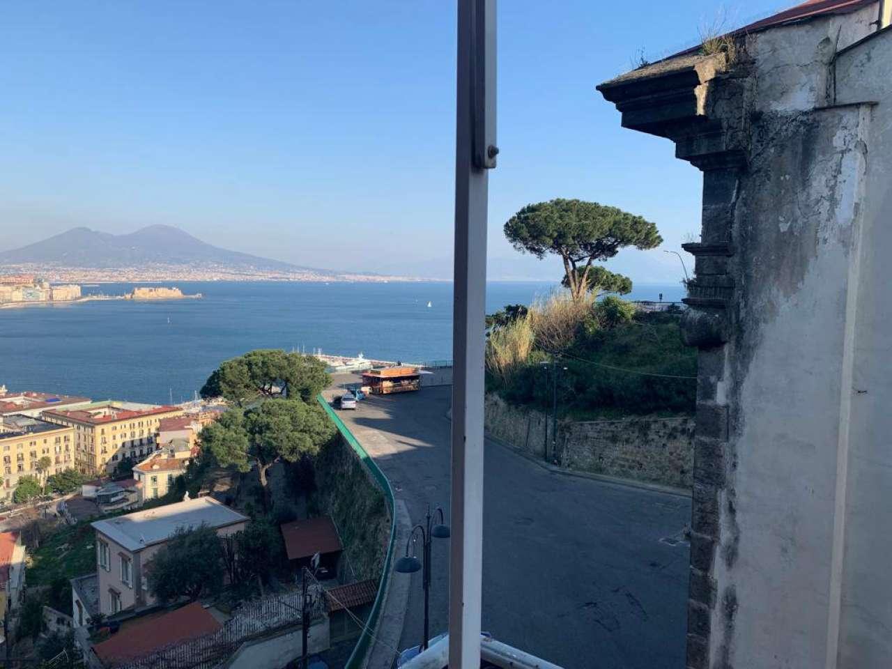 Posillipo - Ampio appartamento panoramico vista mare e Vesuvio, foto 11