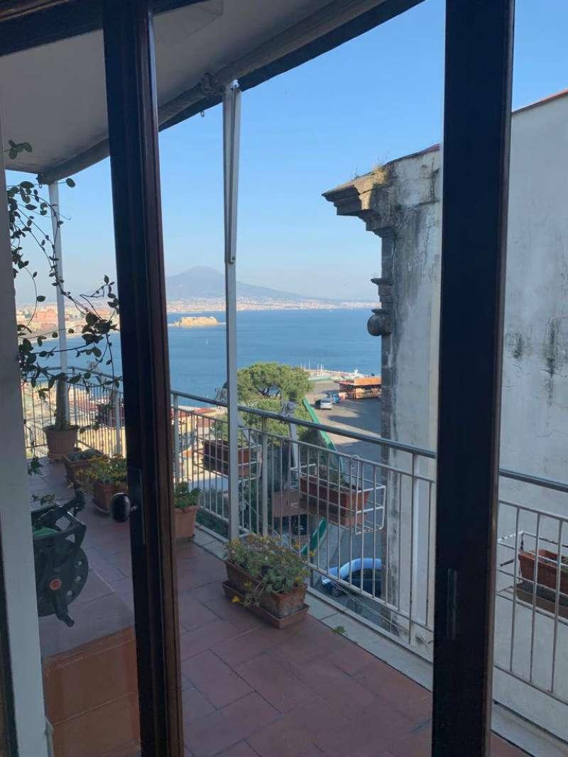 Posillipo - Ampio appartamento panoramico vista mare e Vesuvio, foto 1