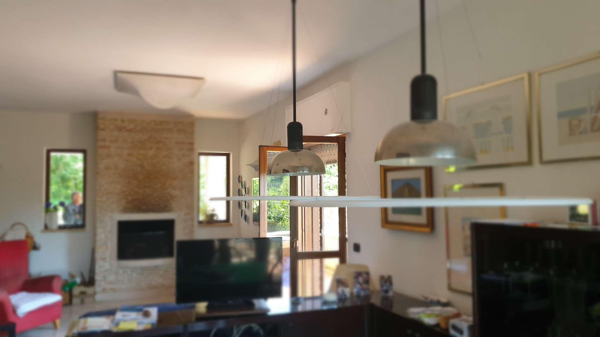 Foto 1 di Villa contrada Archi, Avellino