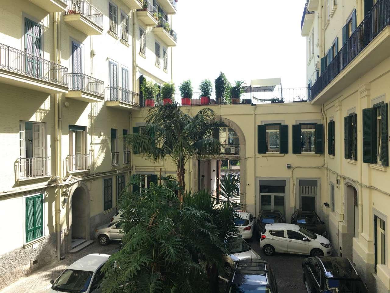 Mergellina - Piedigrotta - Ampio e signorile appartamento con soppalco e posto auto, foto 19