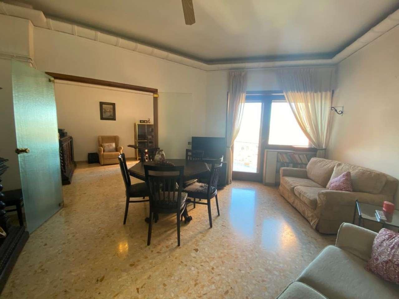 Appartamento, Via Francesco Cilea, Zona Vomero, Napoli, foto 1