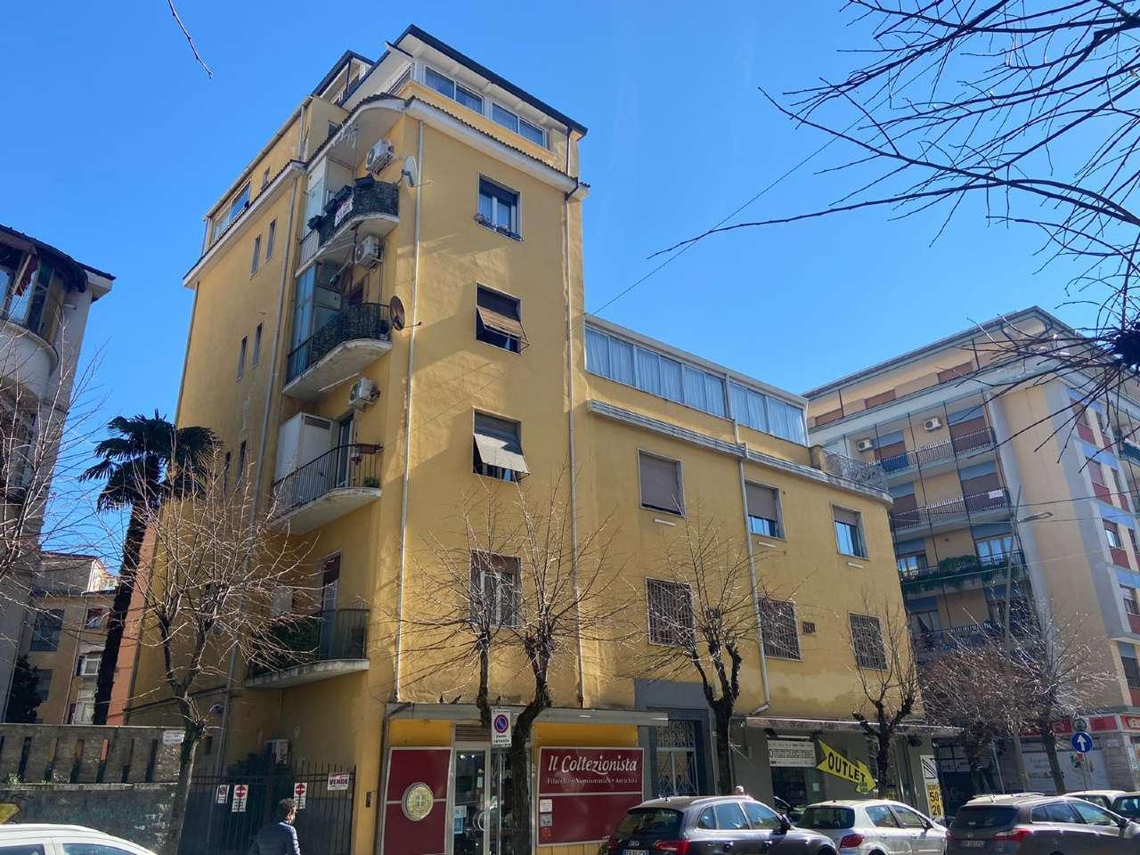 Appartamento, Viale degli Alimena, Centro, Cosenza, foto 18