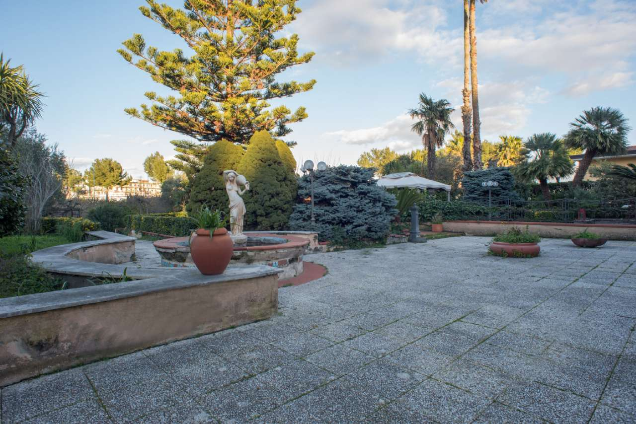 Vomero - Villa con giardino, foto 2