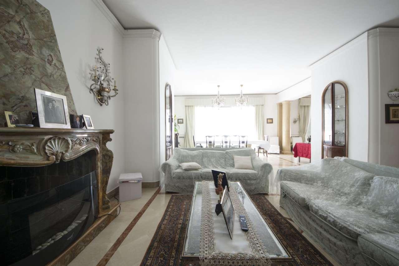 Appartamento, Via Aniello Falcone, zona Vomero, Napoli, foto 5
