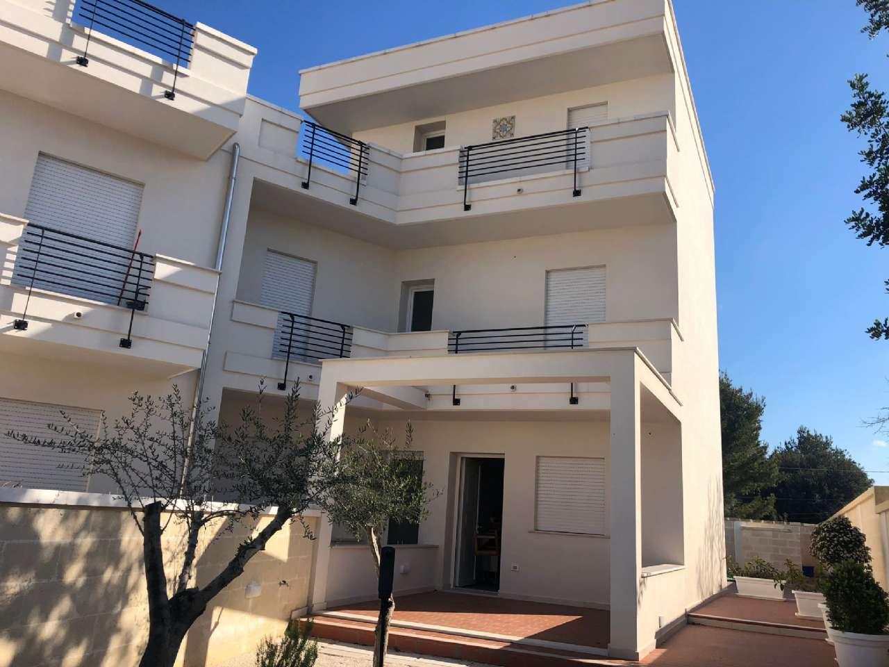 Casa indipendente, Via Giovanni Saracino, zona mare, Maruggio, foto 0