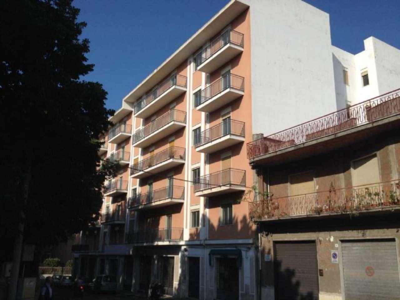 Arioso ed ampio appartamento con balcone, foto 0