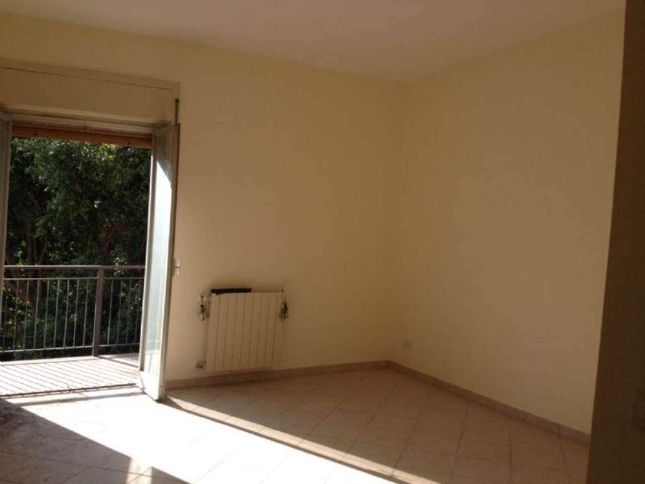 Arioso ed ampio appartamento con balcone, foto 7