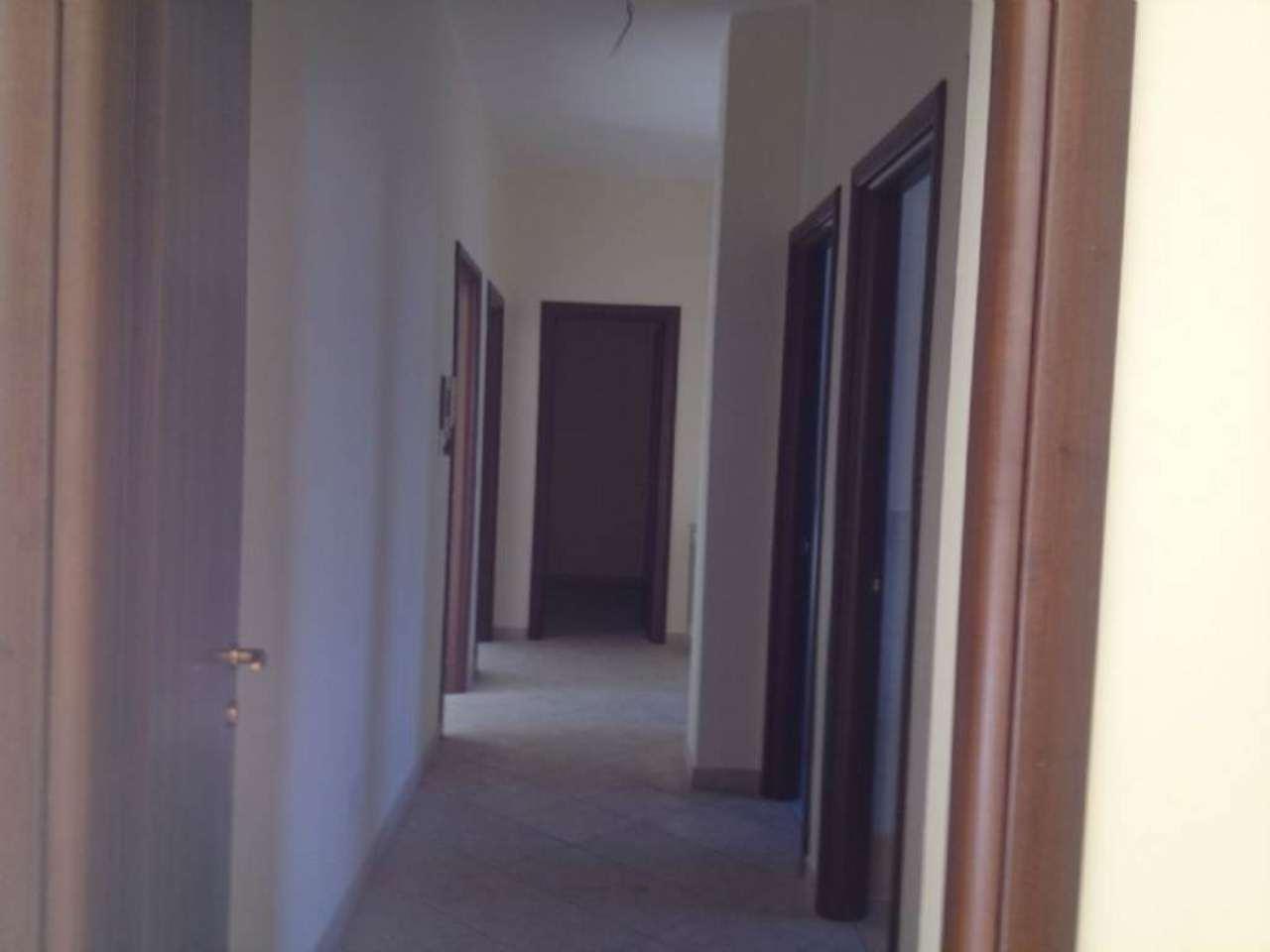 Arioso ed ampio appartamento con balcone, foto 8