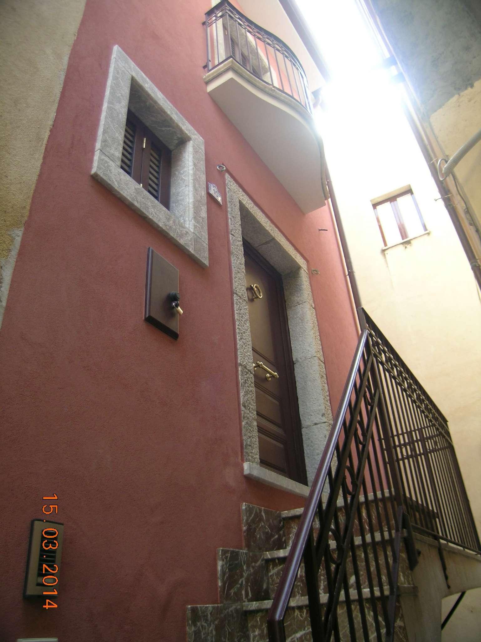 Casa Indipendente ristrutturato in vendita Rif. 5275008
