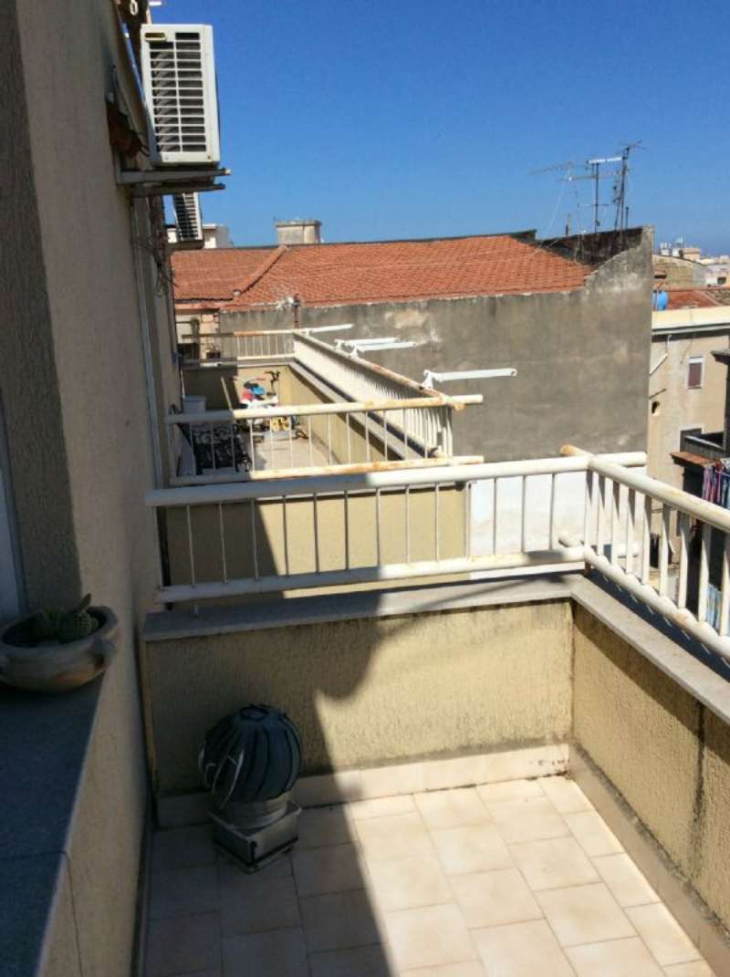 Zisa - Ampio quadrilocale con balconi e posto auto, foto 16
