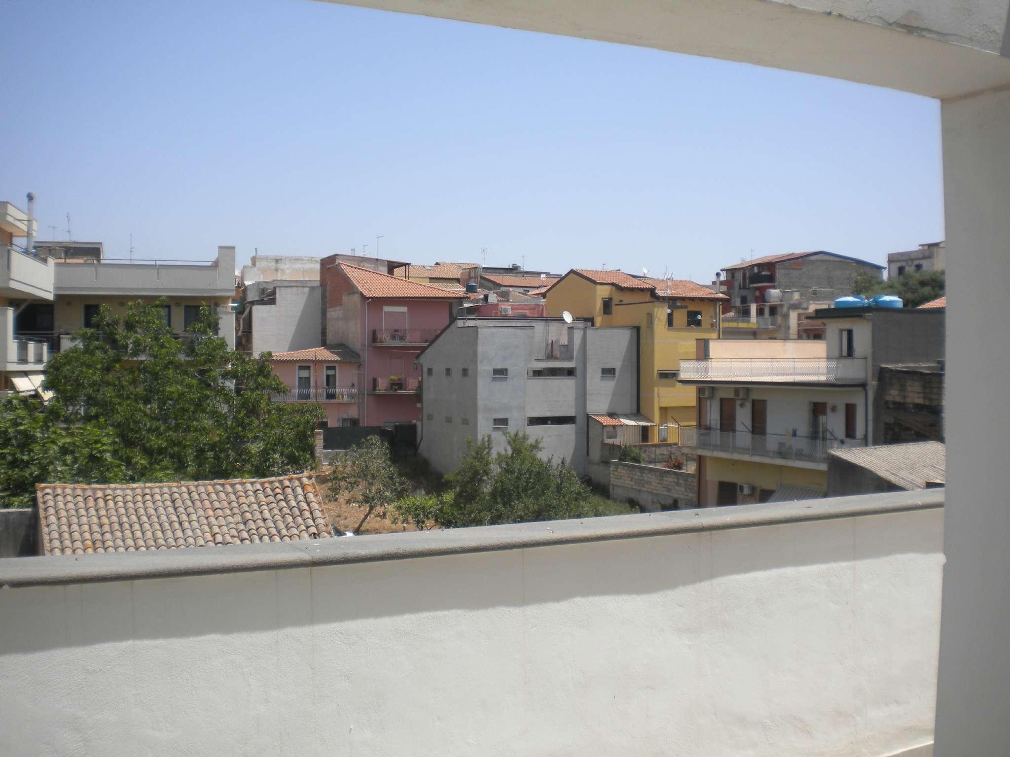 Attico panoramico con terrazzo a livello in zona centrale