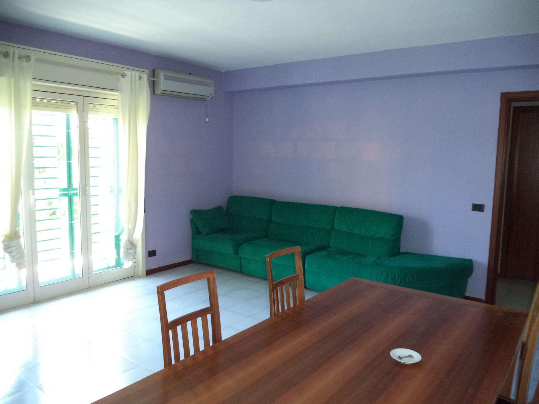 Appartamento in buone condizioni in vendita Rif. 7284736