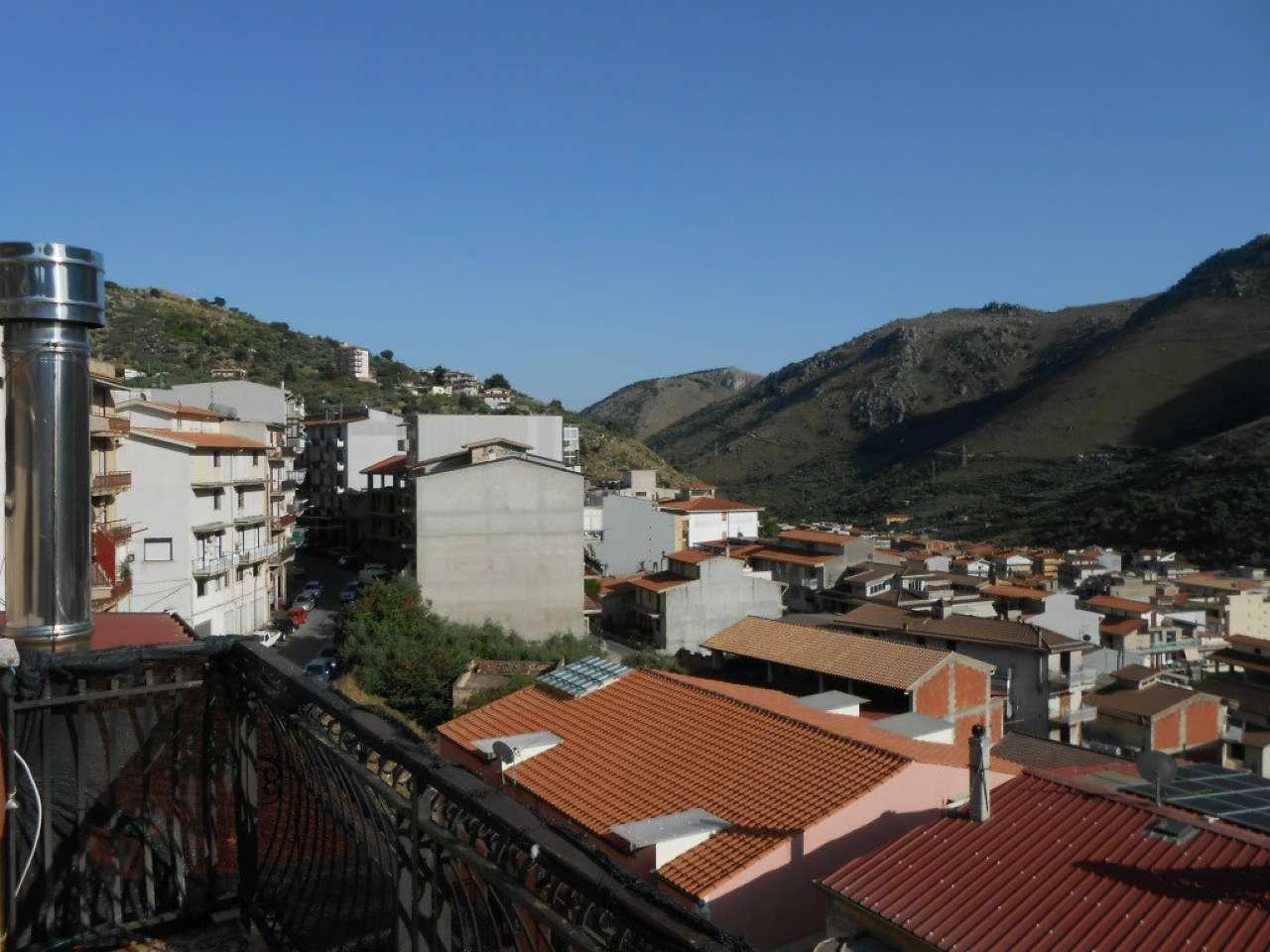 Ampio e panoramico appartamento su due livelli con due terrazzi