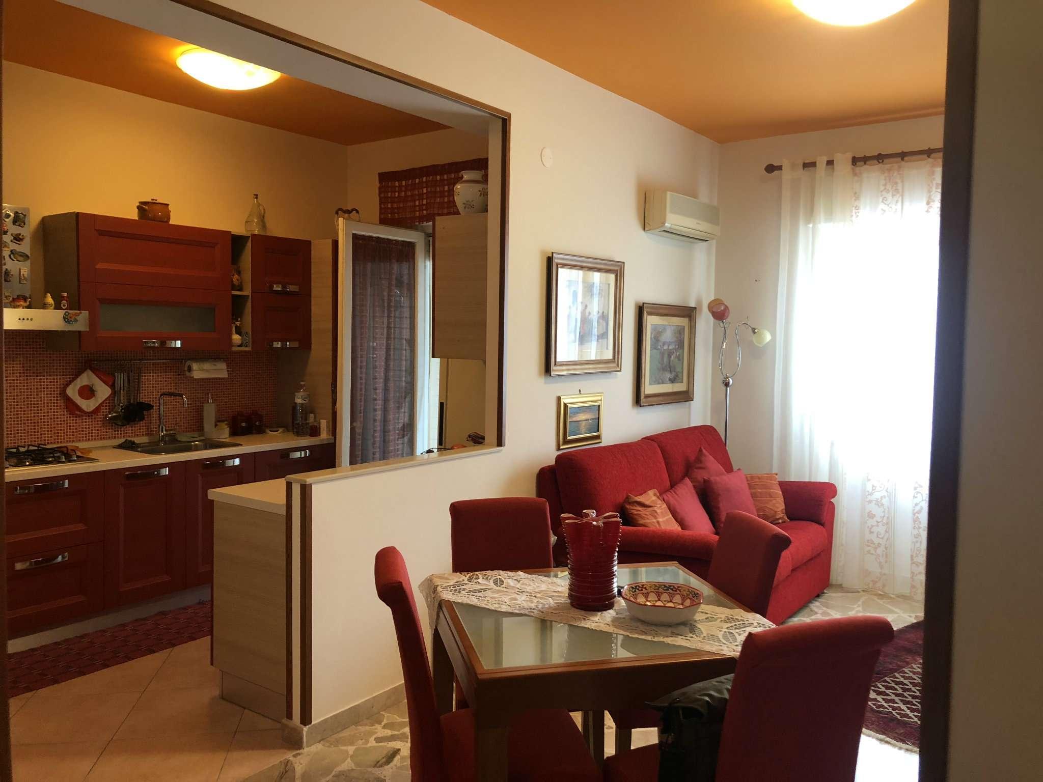 Appartamento ristrutturato in vendita Rif. 8649887