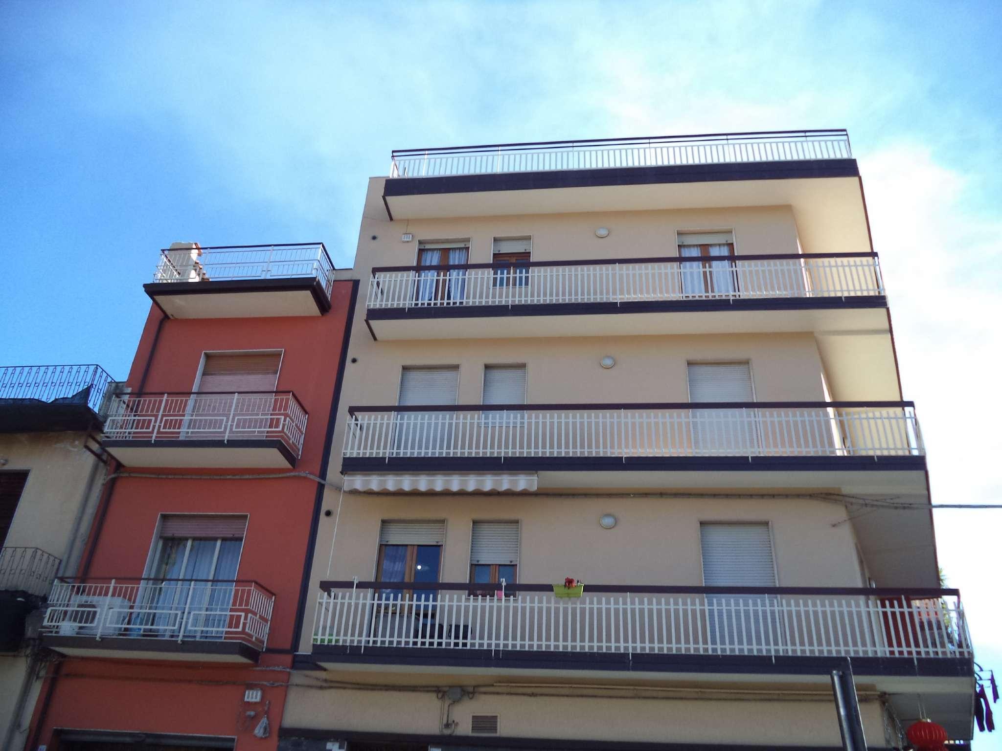 Appartamento da ristrutturare in vendita Rif. 9261283