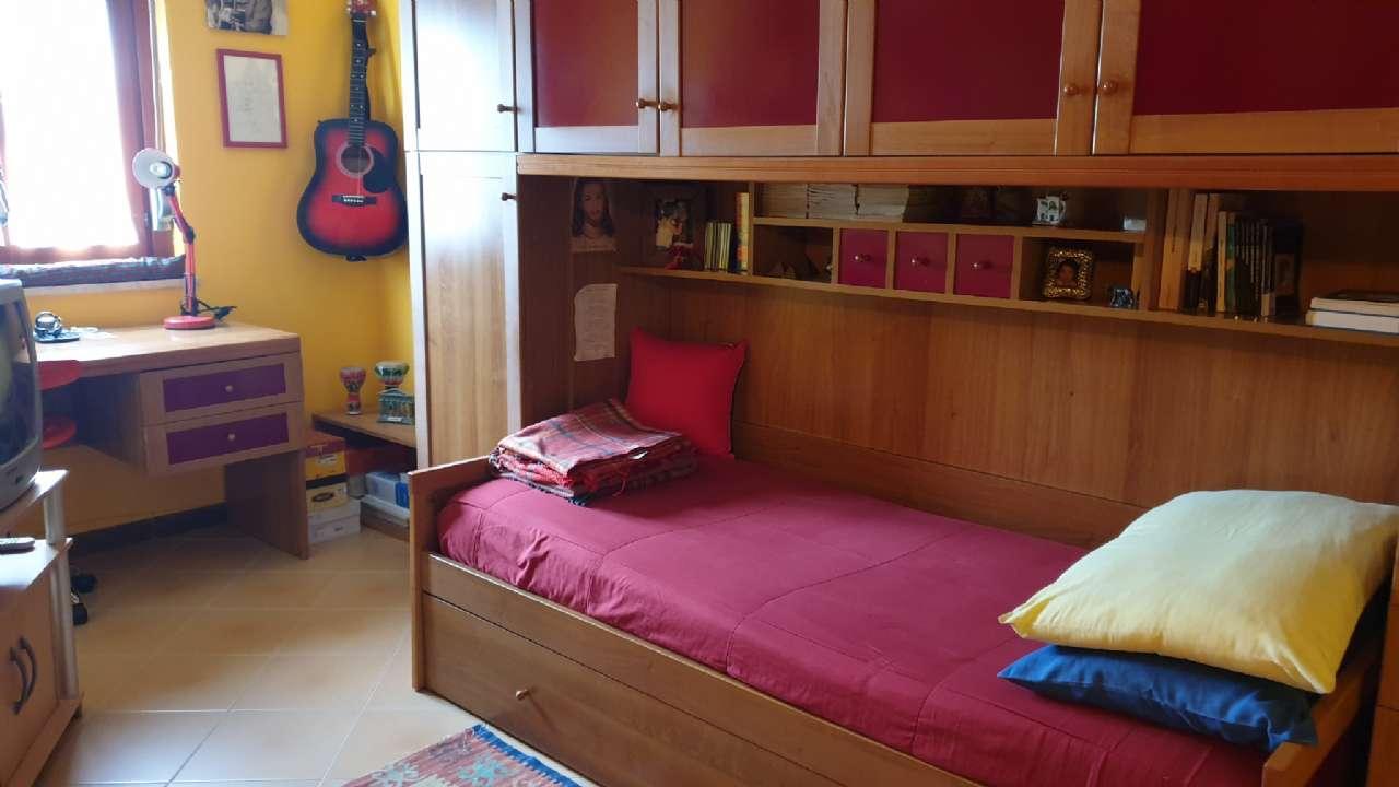 Ampio appartamenrto di quattro vani, con comodo garage, foto 15
