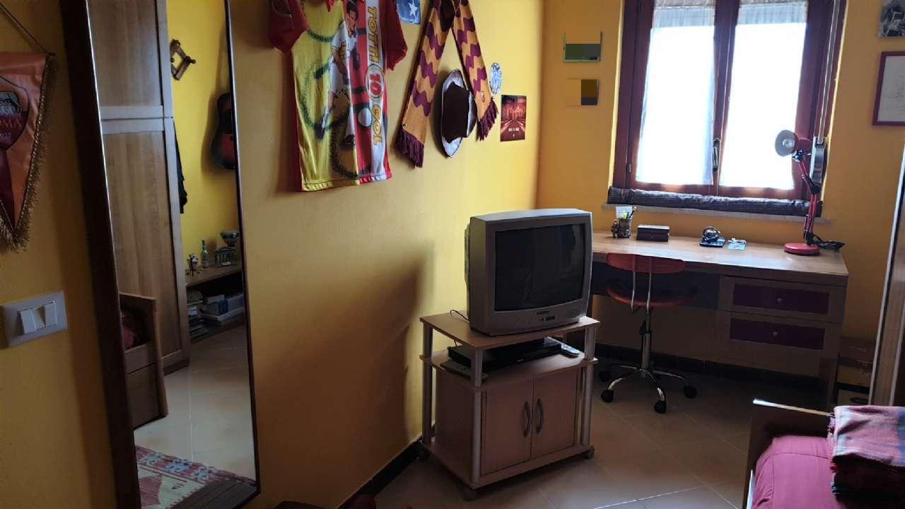 Ampio appartamenrto di quattro vani, con comodo garage, foto 16