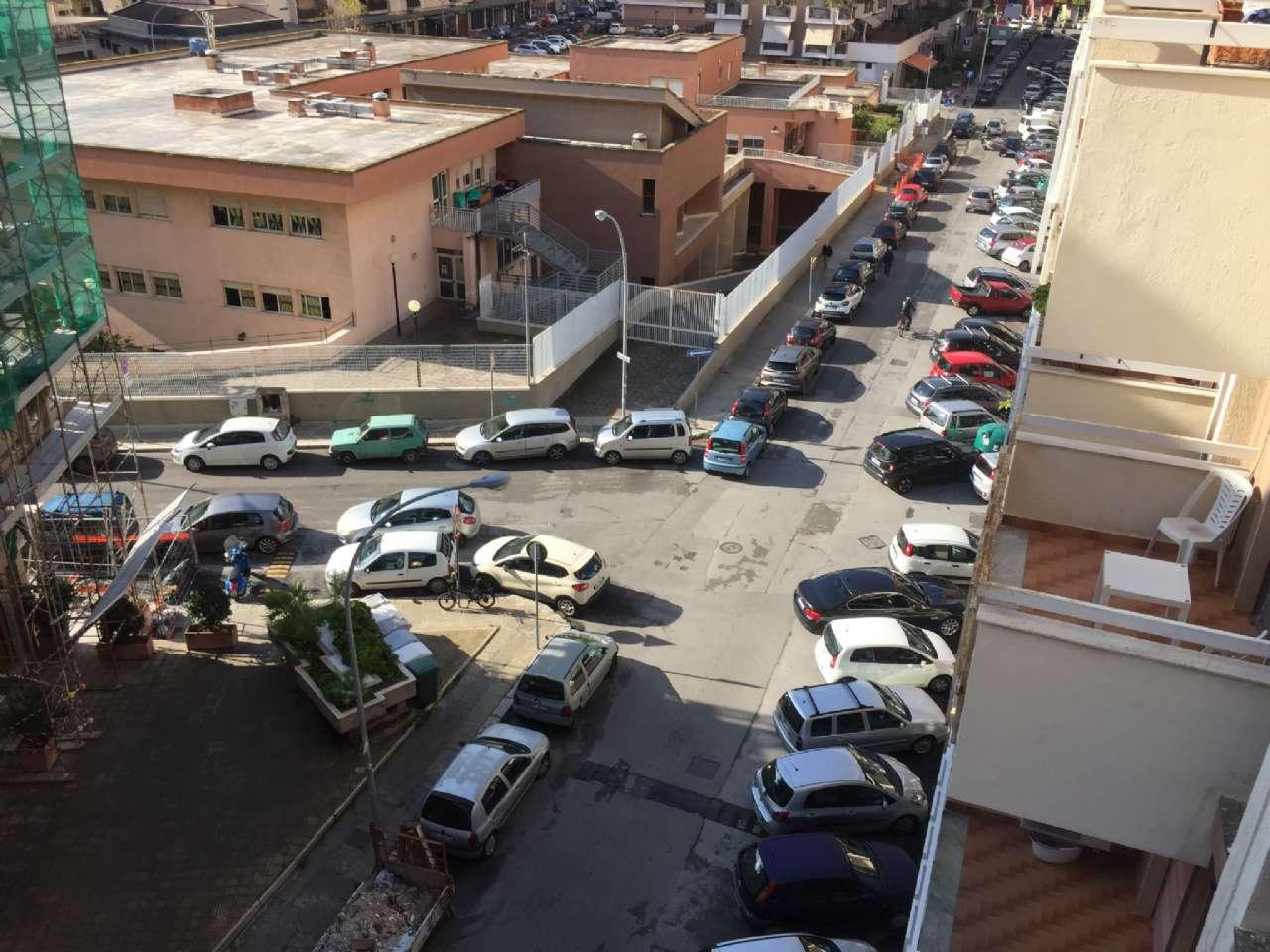 Quadrilocale, Via Ercole Bernabei, zona Malaspina, Palermo, foto 18